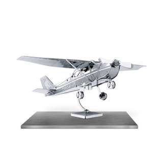 CESSNA SKYHAWK METAL EARTH 3D LASER CUT MODEL