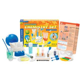 KIDS FIRST CHEMISTRY SET 26 PIECES 27 EXPERIMENTS