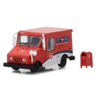 CANADA POST LONG-LIFE POSTAL DELIVERY VEHICLE W/MAILBOX 1:64