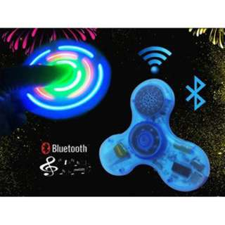 SPINNER HAND BLUETOOTH W/LED & SPEAKERS CRYSTAL