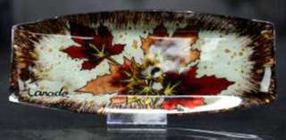 CANADA SOUVENIR SERVING TRAY MAPLE LEAF GLASS 11X4.5IN