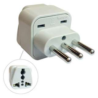 TRAVEL ADAPTER 3P ITALIAN PLUG TO UNIVERSAL JACK